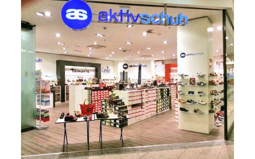 Aktiv Schuh, Schuhe in Berlin, Friedrichstraße VOGUE