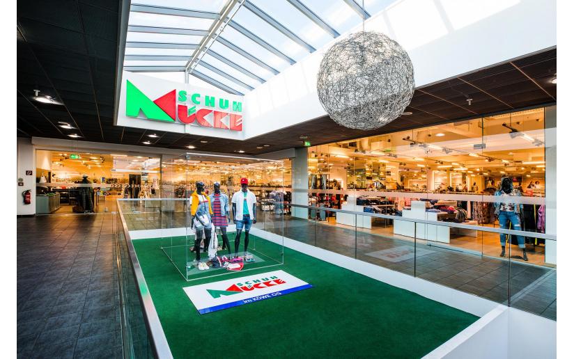 Schuh und Sport Mücke in RegensburgKÖWE Einkaufszentrum