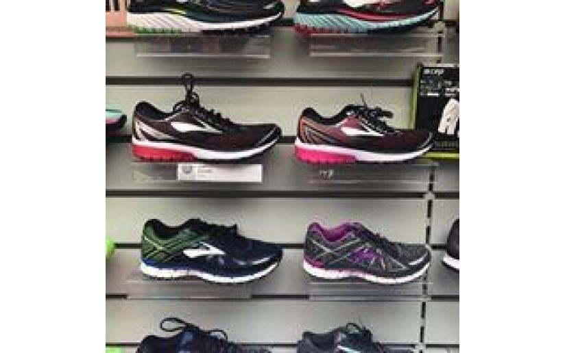 Adidas, sneaker, schuhe gr 24 in 74235 Erlenbach for €13.00